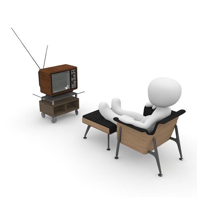 dívat se na televizi