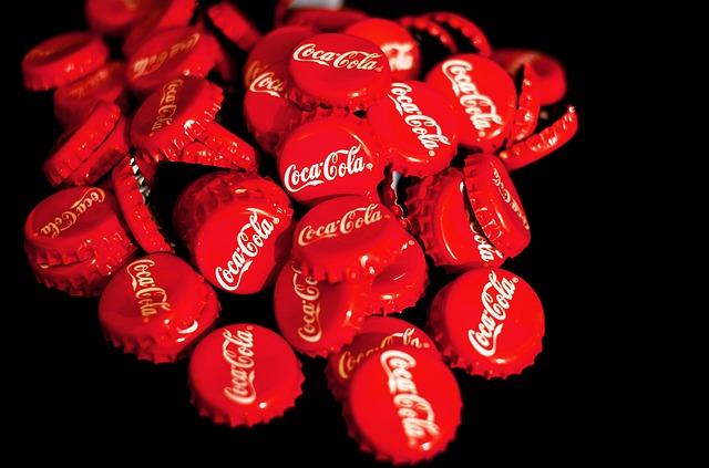 Coca cola víčka